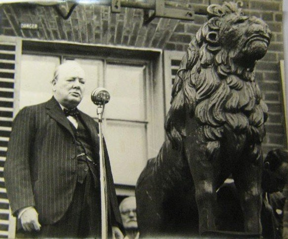 Churchill and the Red Lion