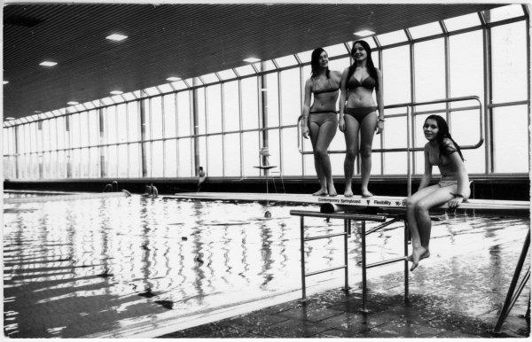 Diving at Handy Cross Pool